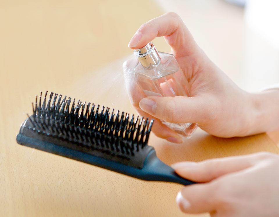 ウィッグにも使用できるヘアコロンやヘアフレグランスとしても。